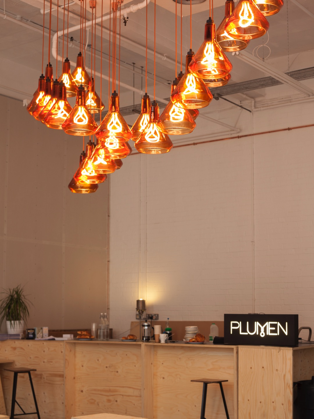 Plumen Design Lighting 燈飾